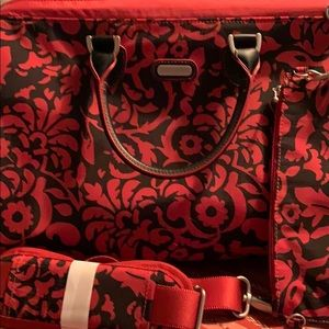 New Baggallini travel tote/weekender-black/red